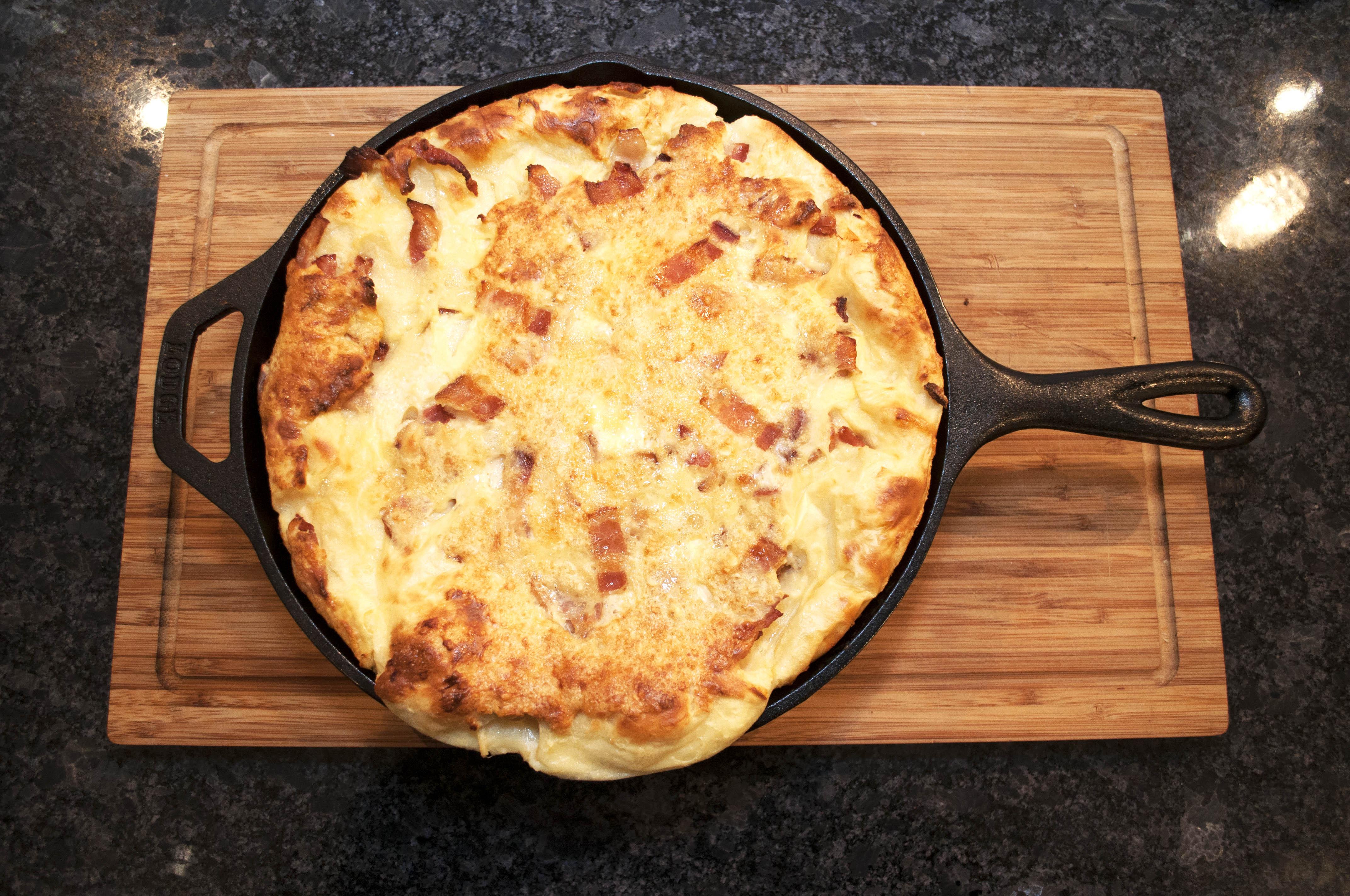Swedish Oven Pancake With Bacon Ugnspannkaka The Joli